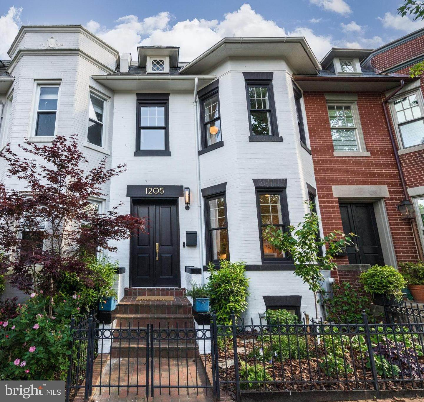 Single Family for Sale at Washington, District Of Columbia 20002