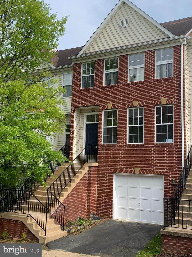 Single Family for Sale at Alexandria, Virginia 22315