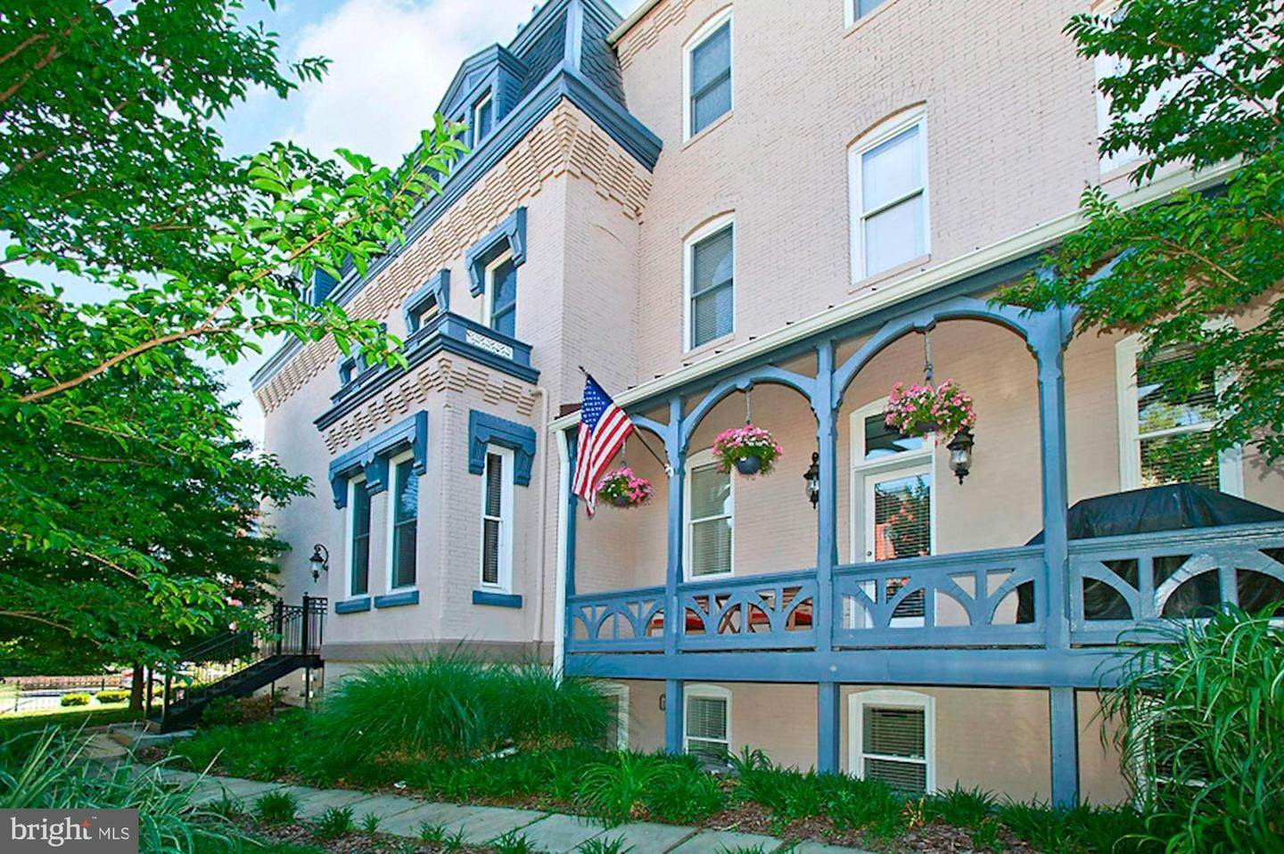 Single Family for Sale at Washington, District Of Columbia 20009